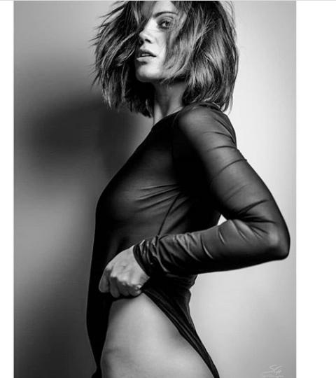2ed864b8ea0 Τρέλανε» το Instagram το διάφανο κορμάκι της Μαίρης Συνατσάκη(ΦΩΤΟ)